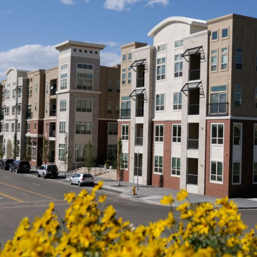 Evergreen Ridge Luxury Apartments On The River: RidgeGate Community